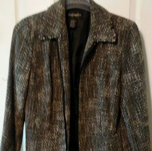 Jacket with zipper